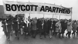 ob_58cd8a_apartheid-3